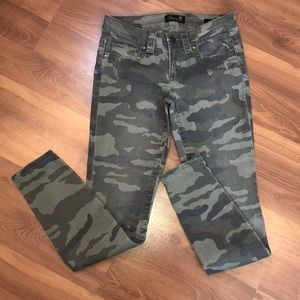 7 for all Mankind Camo skinny jeans size 26